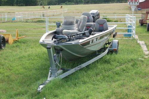 1998 Bass Tracker Aluminum 175 Pro Team Fishing Boat with